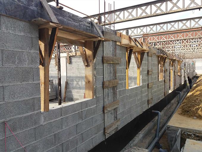 Les gros œuvre pour la conversion d'un bâtiment industriel